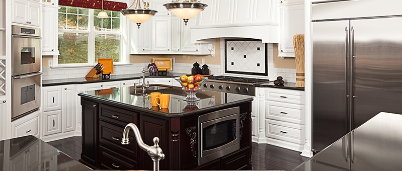 Five basic kitchen designs for a kitchen remodel kbr for Kbr kitchen and bath