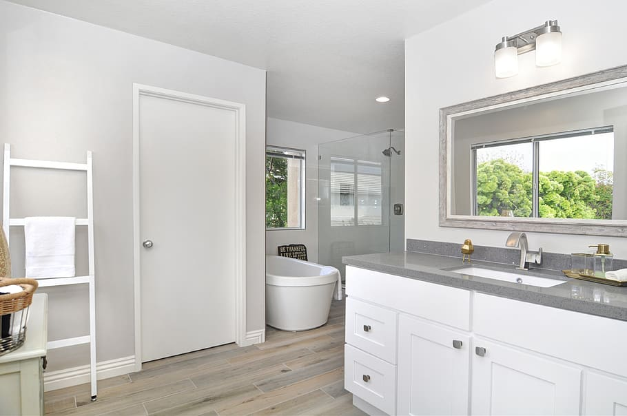 How Much Does It Cost To Remodel A Bathroom Experts Reveal